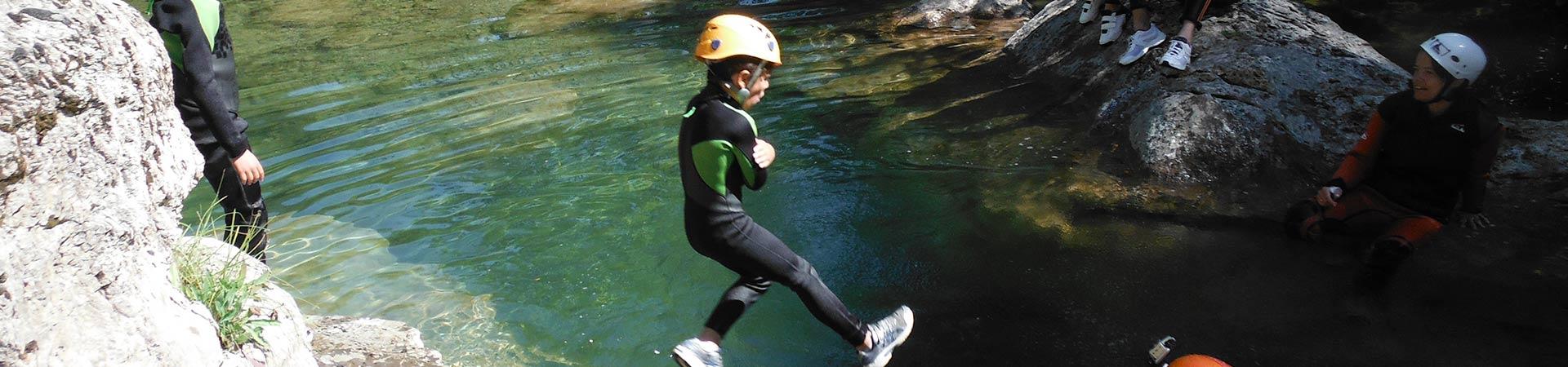 Water trekking Albanyà