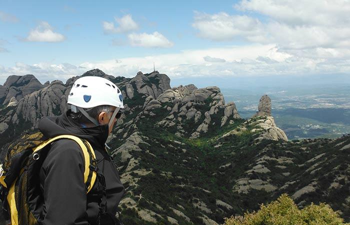 Escalada Via Llarga a Montserrat