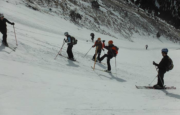 Classes d'esquí col·lectives 2h