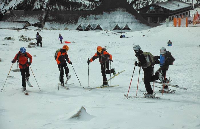 Classes d'esquí a pista 4h